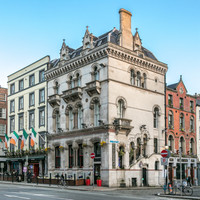 A Temple Bar hotel is being put up sale for �10.7m