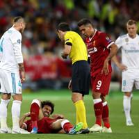 Early drama as Mo Salah departs Champions League final in tears