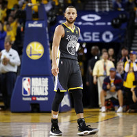 Steph Curry's 3-point dazzlers lift Golden State Warriors halfway to NBA title