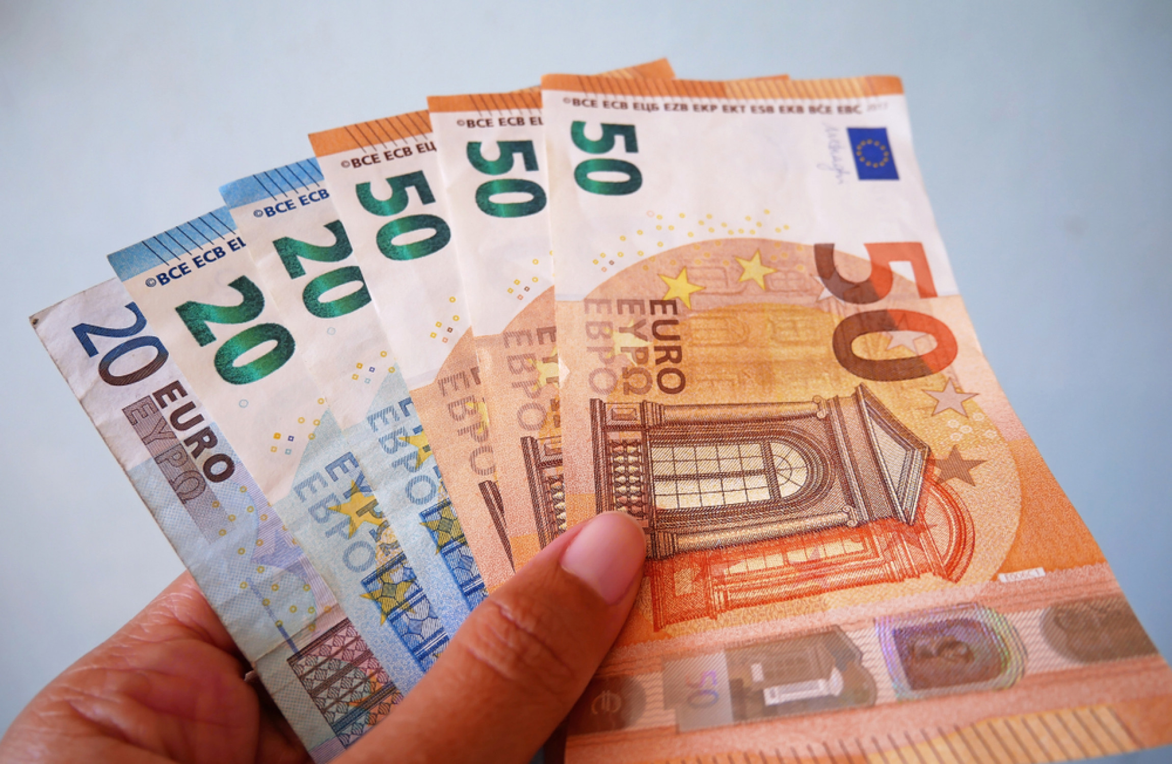 Poll Do You Consider A Family Which Earns €100 000 To Be Rich