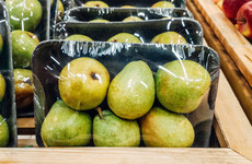 Minister calls on supermarkets to reduce the use of non-recyclable plastic packaging for fruit and veg