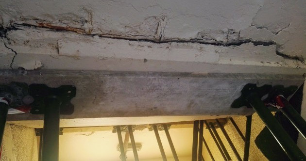 Engineers say damage to cracking staircase in Dublin council block was painted over