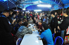 Medics reach Thai football team trapped in cave