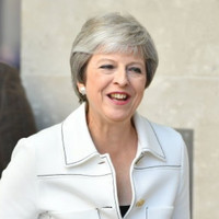 Theresa May says Donald Trump told her to 'sue the EU'