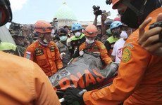 156,000 homeless as death toll in Indonesia quake rises to 131