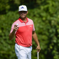 Woodland clings to PGA lead after Kisner and Koepka flirt with history