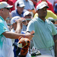 Tiger Woods' caddie tried to pay heckler to leave 14-time Major winner alone