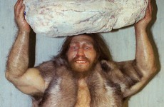 Neanderthals were promiscuous because they had longer fingers