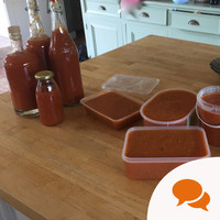 How to make a simple tomato sauce that'll feed you all winter from the freezer