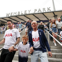 Levy apologises to Tottenham fans as White Hart Lane delay continues