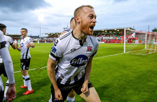 Caulfield receives his marching orders as Dundalk put one hand on the title