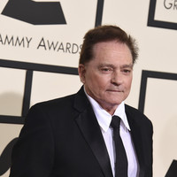 Marty Balin, co-founder of iconic psychedelic group Jefferson Airplane, dies