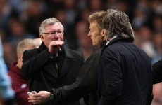 Ferguson accuses Mancini of 'refereeing' the Manchester derby