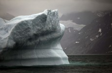 Greenland ice sheet surface melts at extreme rate