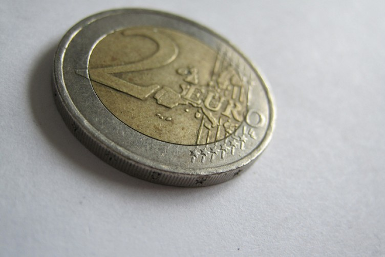 A regular €2 coin, available today for €2