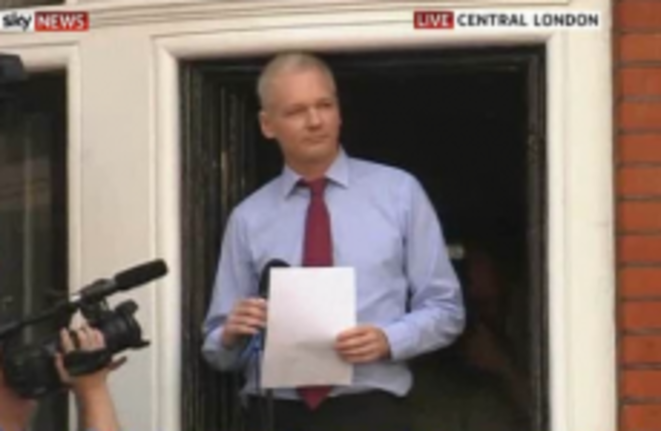 Assange calls on us to drop 39 witch hunt against wikileaks 39 for Julian balcony