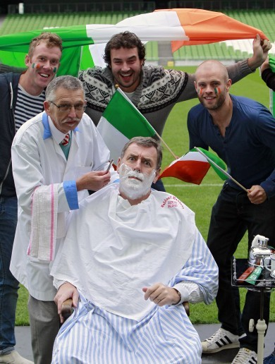 Bonner, Houghton and Cascarino all join the Movember cause
