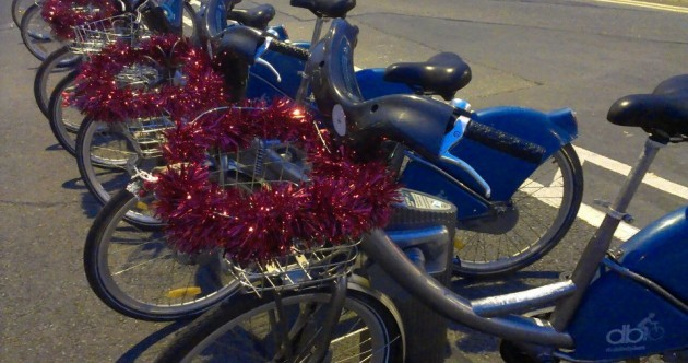 Who is Dublin's mystery tinsel angel?