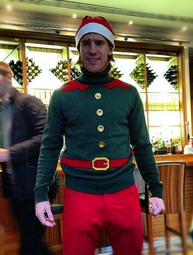 Pic of the day: Paul McShane gets into the Christmas spirit