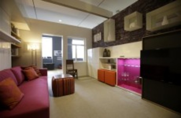 new york city extols virtues of small apartments. Black Bedroom Furniture Sets. Home Design Ideas