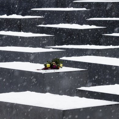 Murdoch apologises for 'grotesque, offensive cartoon' on Holocaust Memorial Day