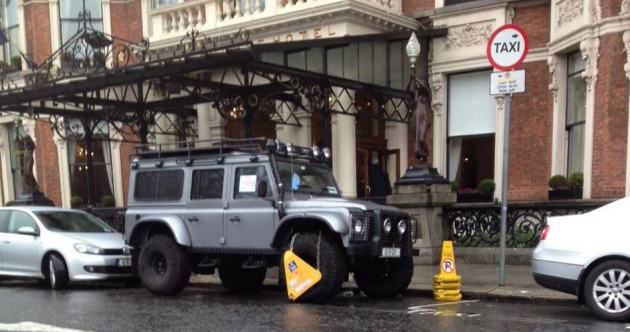 Snapshot: Cian Healy's jeep gets clamped outside Shelbourne Hotel