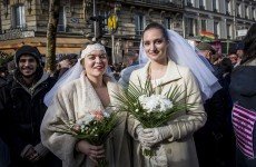'Marriage for all' in France as Hollande signs a bill and makes it law