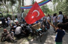 Turkey PM suggests referendum to end Istanbul park protest