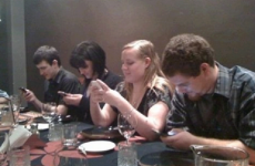 A simple guide to banishing phones from the dinner table