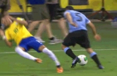 Here's a GIF of Neymar's spectacular dive from last night