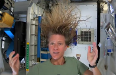 How astronauts wash their hair in space (GIFs)