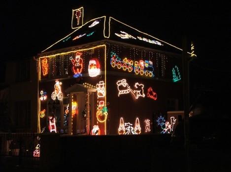 Xmas House 01