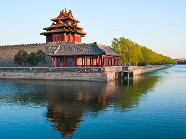guards-once-stood-in-these-watchtowers-to-protect-the-royal-chinese-families-from-intruders
