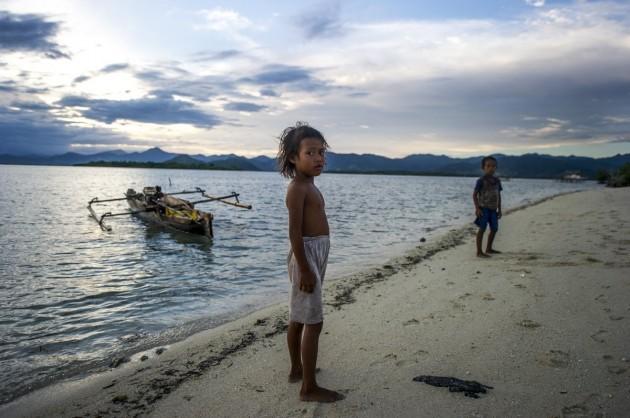 morgan-says-that-when-the-current-generation-of-bajau-die-there-will-be-none-who-live-at-sea-in-recent-years-bajau-youth-leave-the-boats-in-search-of-work-in-the-cities-as-soon-as-they-are-old-enoug