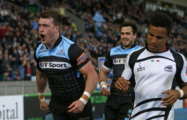 Stuart Hogg celebrates his second try