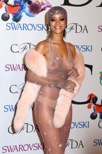 singer nude Rihanna