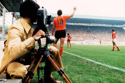 Soccer - World Cup West Germany 74 - Group Three - Holland v Bulgaria