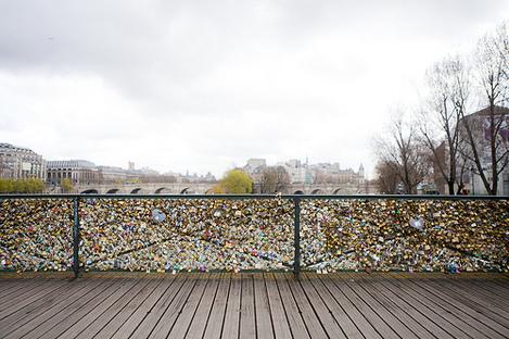 Pont des Arts Bridge - Paris