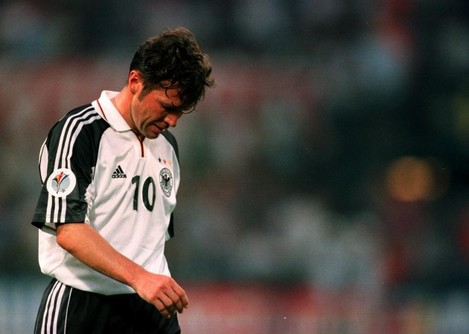 Soccer - Euro 2000 - Group A - Portugal v Germany