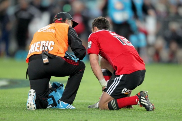 Dan Carter down injuried