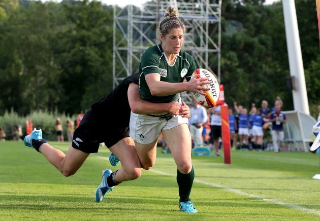 Alison Miller scores a try 5/8/2014