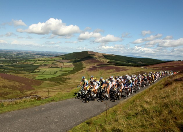 The Peleton they make there way over Mount Leinster