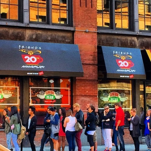 Central Perk has arrived in #NYC! ☕️ #centralperk #friends20