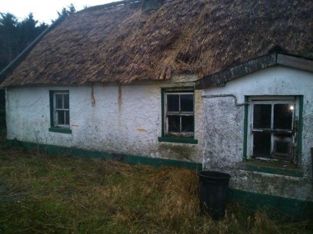 Internet Goes Wild For Renovation Of 200 Year Old Derelict
