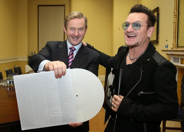 NO FEE BONO AND TAOISEACH ANNOUNCE 400 JOBS MX1