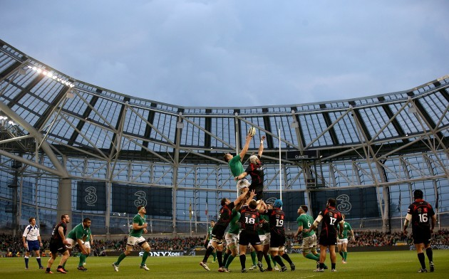 Devin Toner wins a line-out