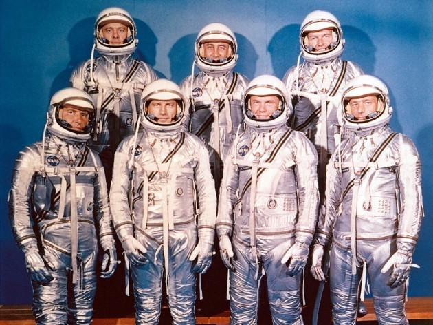 the-final-group-called-the-mercury-seven-was-established-in-1959-and-consisted-of-seven-men-who-were-test-pilots-in-the-navy-or-air-force