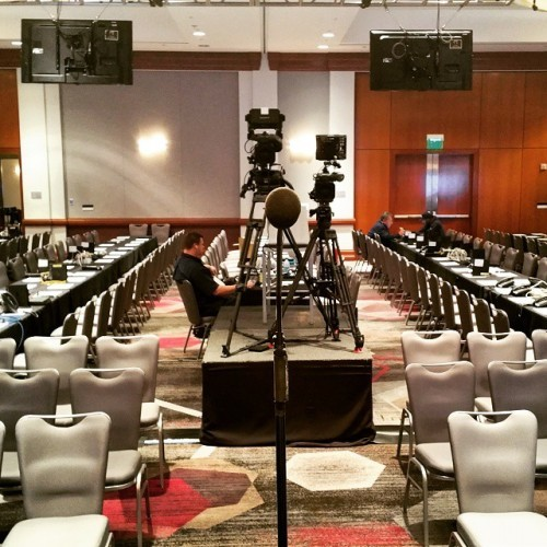 This is the view the Oscar winners will have when they meet the press after they accept their statuette. Every seat will be taken by journalists from around the world. #oscars #loweshollywoodhotel