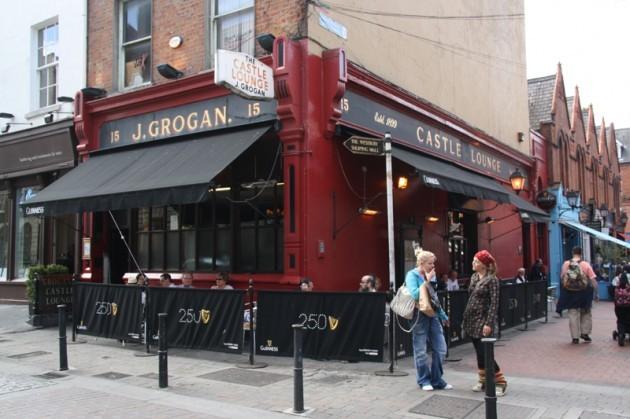 2010_08_21_004294_Dublin_PPC-South-Side-02_Grogans-Castle-Lounge
