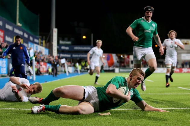 Stephen Fitzgerald scores their first try
